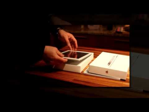 OFFICIALLY!  Unboxing The New Apple iPad 3