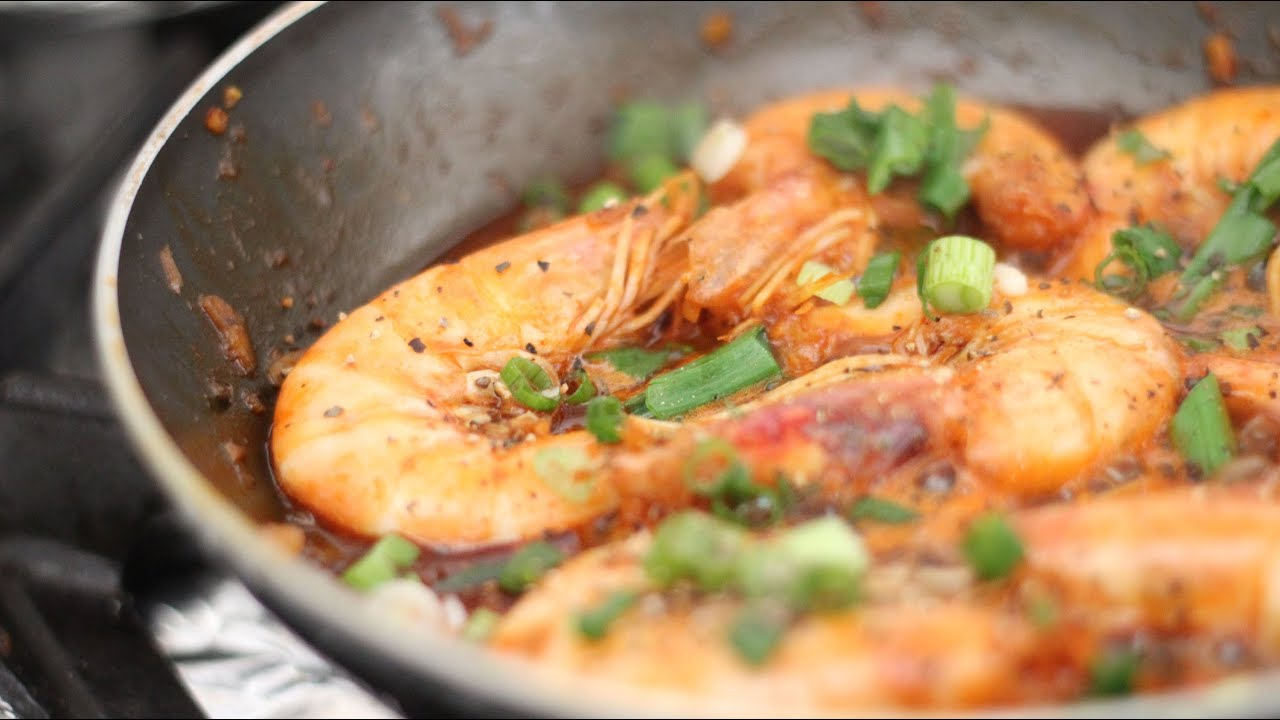 Vietnamese Caramelized Shrimp (Tom Rim) - YouTube