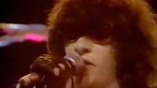 Watch Ramones Chasing The Night video