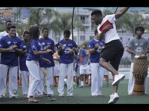 Daniel Sturridge's embarrassing dancing at World Cup 2014