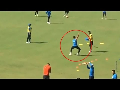 Virat Kohli dancing on the beats of 'Dhol', Watch Video