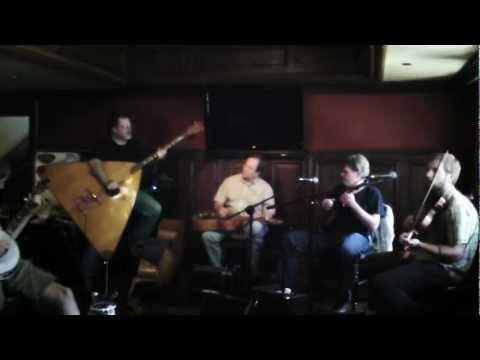 Видео akordeonowe instrumentalne melodie ; ``bia142y mi15b ``, ``la cucaracha`` i inne