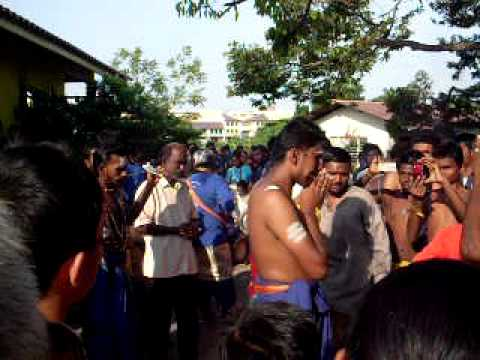 Maha Theemithi Thiruvizha 2011 video
