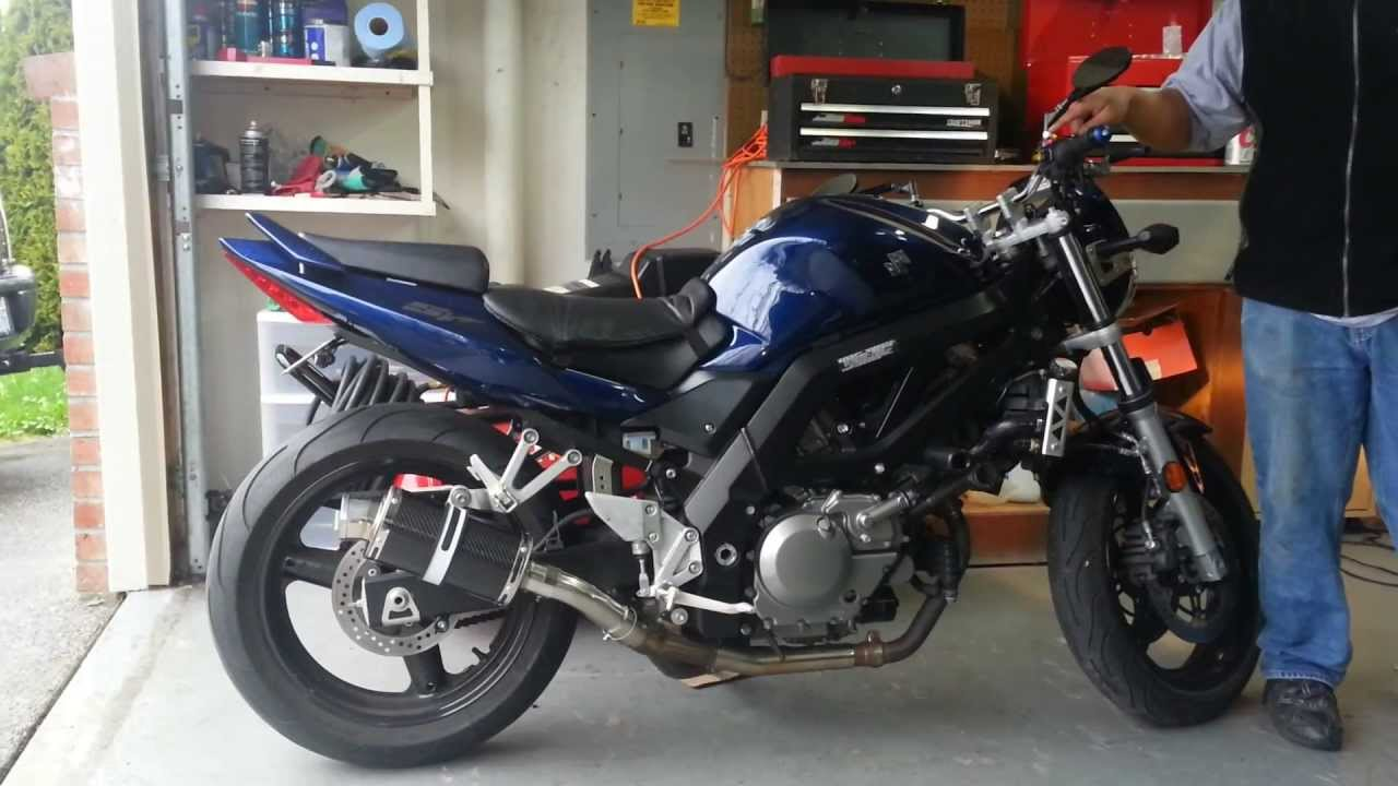 Sv650 With Delkevic Ds70 Carbon Fiber Stubby Exhaust