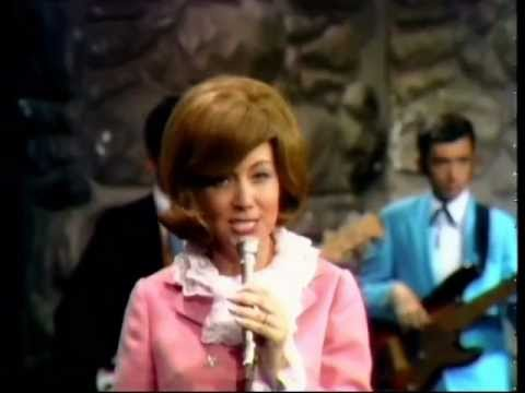 Dottie West - Country Girl