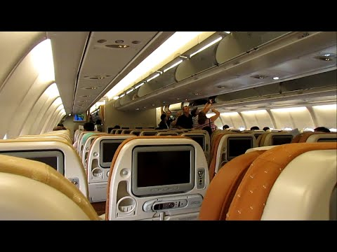 Singapore Airlines A330-300 Flight Review: SQ977 Bangkok to Singapore