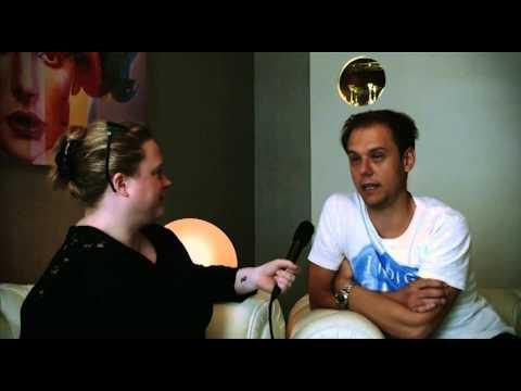 Electronic Nightlife | Armin Van Buuren Interview