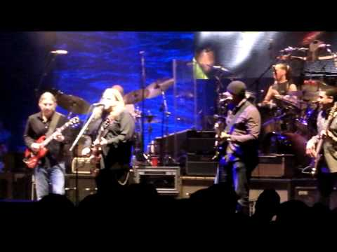 The Allman Brothers - Night 4 - Who's Been Talkin' w/ John Ginty and Bernie Williams - Beacon 2011