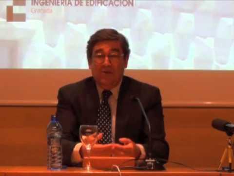 Intervención de Juan Torres, catedrático de economía aplicada, en el coloquio organizado por la Fundación José Saramago en el salón de actos de la Escuela de Ingeniería de la Edificación...