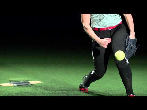 Softball Power Drive - mechanics in slow motion 1000 frame per second