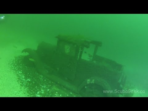 Diving the 1920s Truck off Brockville Ontario
