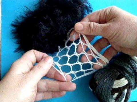 Как связать спицами шарф-волан
