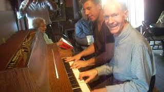 Disneyland Piano Player Rod Miller Playing at Knott