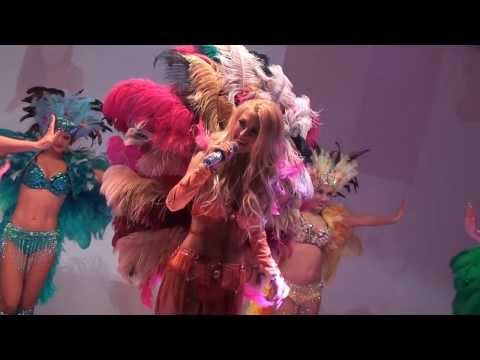 Andreea Balan – Carnaval Show (Bal de boboci ASE 2013)