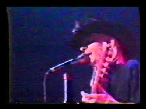 Johnny Winter - Highway 61 Revisited Live Canada 1977.avi