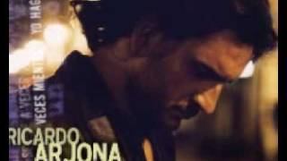 Watch Ricardo Arjona Libre video