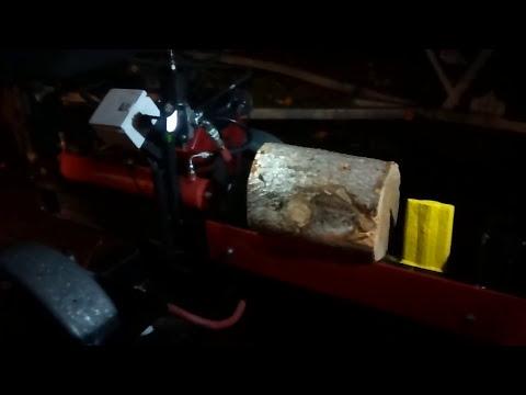 Homemade 15HP Briggs and Stratton Log Splitter first run!