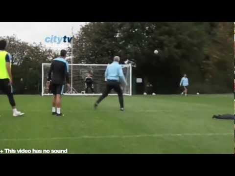 SKILLS - Mark Hughes PERFECT VOLLEY