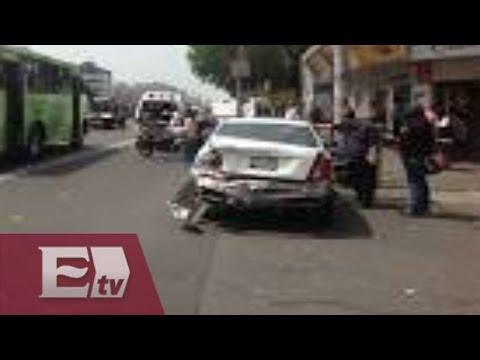 Accidente automovilístico en la Calzada de Tlalpan / Vianey Esquinca