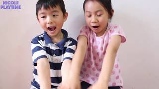 Funny kids takes large chips from brothers, learn colors and sizes for children