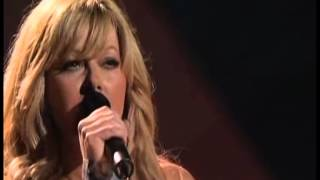 Download Lagu Carrie Underwood; Jamie O'Neal   Does He Love You Gratis STAFABAND