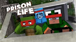 Minecraft Prison Life 2 - BREAKING INTO THE POLICE STATION!