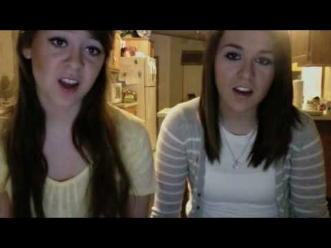 Demi Lovato la La Land By Megan And Liz video