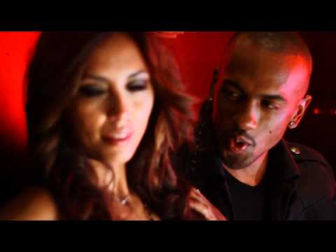 Colonel Reyel - Dis-moi oui (feat. Krys) [Clip officiel HD]