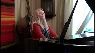 Stina chante Matoub, une version piano de Mr le président, 1984