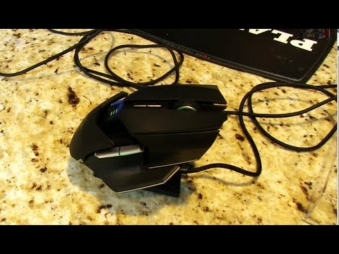 Razer Ouroboros Wireless Ambidextrous Gaming Mouse Unboxing & Review Linus Tech Tips