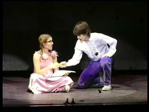 PATITO FEO La Historia Mas Linda En El Teatro.07 PATITO ESCRIBE EN SU DIARIO
