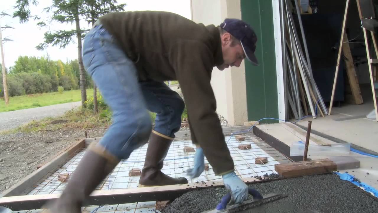 Geopolymer Garage Apron Pour At Cchrc Youtube