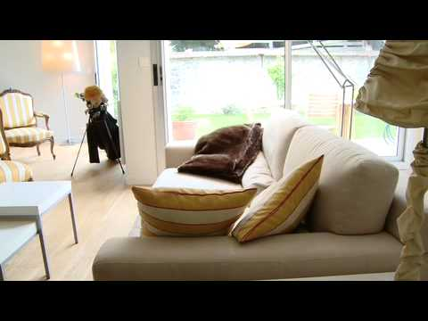 Comment am nager un salon relooking julien toujan youtube - Comment meubler un salon carre ...
