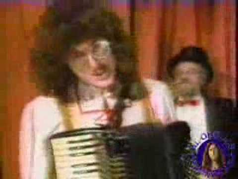 Weird Al Yankovic - Polka Patterns