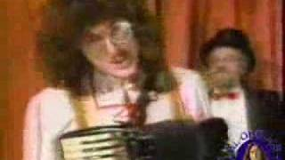 Watch Weird Al Yankovic Polka Patterns video