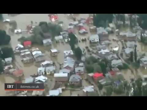 India Floods Leave Thousands Stranded