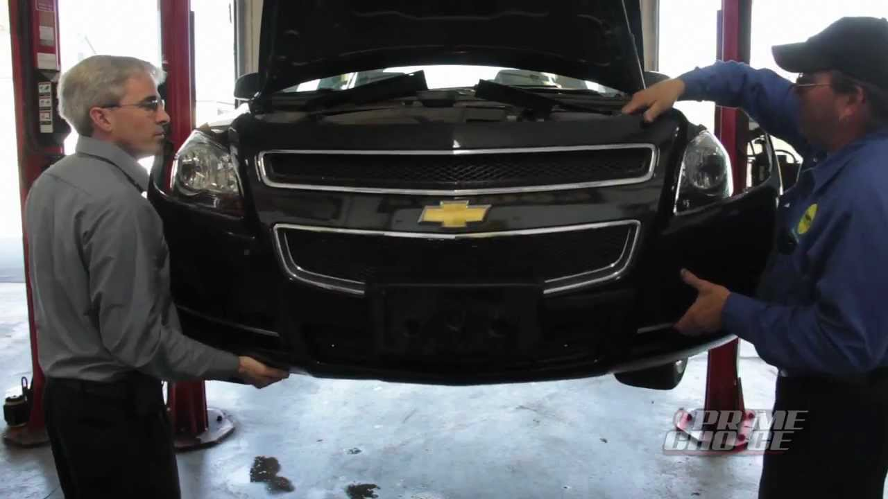 How To Remove A Headlight Assembly Youtube