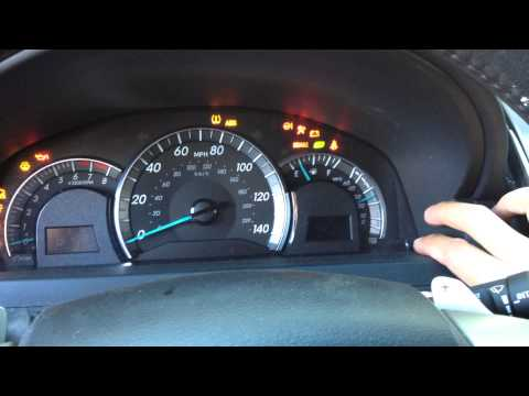 HOW TO RESET OIL SERVICE LIGHT NISSAN ROGUE | How To Save ...