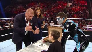 Elijah Signs WWE Contract Off Air. (DRAX SHADOW)