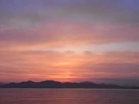 entrando al porto di olbia al tramonto