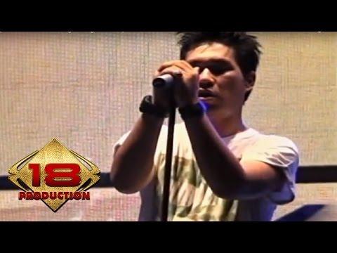 Armada - AKu Ingin Setia  (Live Konser Pati Jawa Tengah 28 Agustus 2013)