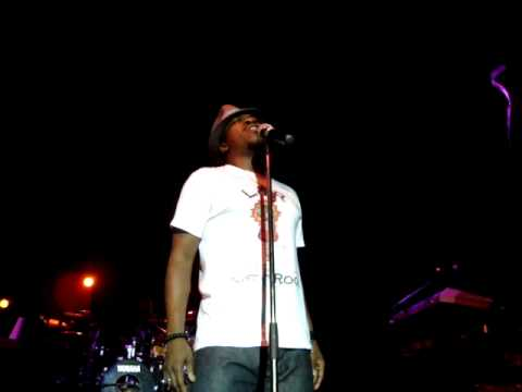 Anthony Hamilton - Pass Me Over (Live at Marcanti Amsterdam '09)