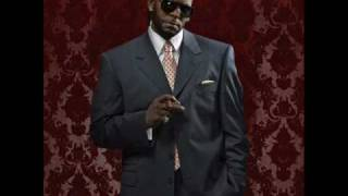 R. Kelly Video - R. Kelly - Whole Lotta Kisses (New) 2009
