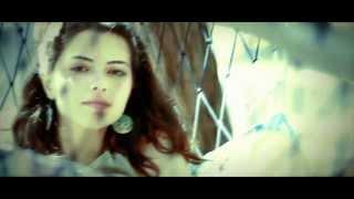 Yeis Sensura - Zamanı Kıskanırım (HD Video Klip)