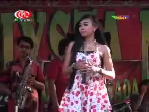Callysta Nada - Badai Derita ( Tiara Voyz )