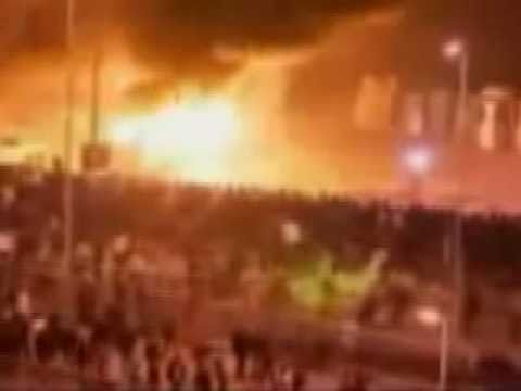 Green Ghost Rides Horse Through Egypt Riots!!!