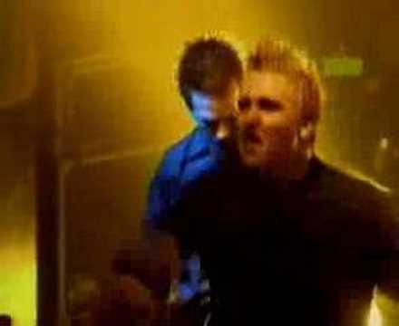 Papa Roach - Love Hate Tragedy
