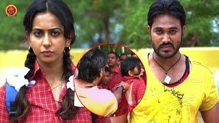 Rowdies Teasing Rakul Preet Singh - Embarrassing Scene - Current Theega Movie Scenes