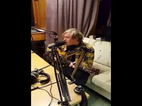 Tommy Kristiansen på E-riks Onsdag på Radio Riks Oslo.