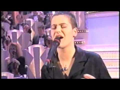 Silvia Salemi - A casa di Luca - Sanremo 1997.m4v Music Videos
